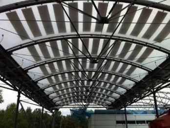 (Français) Installation à Munich, coussins ETFE et panneaux Flexcell