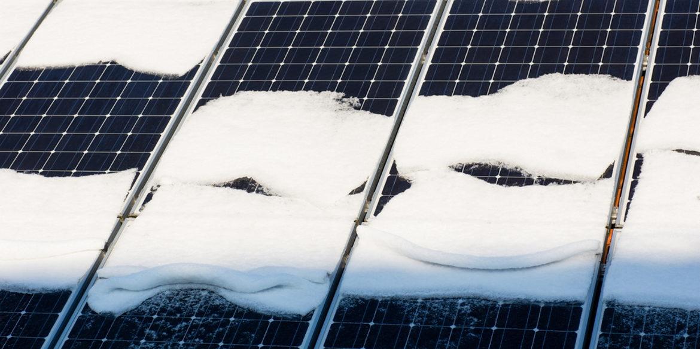 Perte neige panneaux solaires